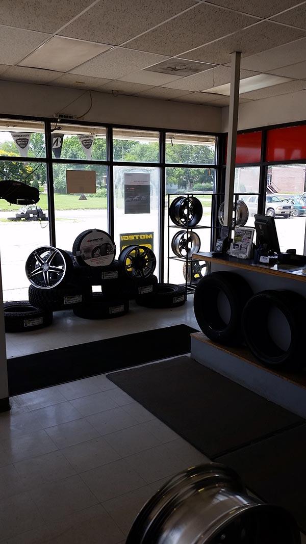 Topeka Tire Shop - Huntoon St. Location Interior