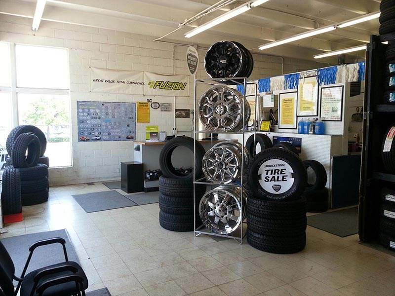 Colorado Tire Shops - Southeast Denver Interior
