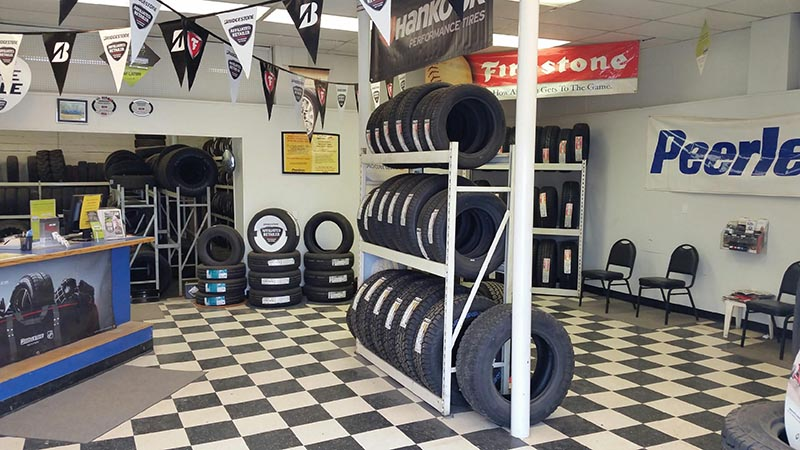 Wyoming Tire Stores - Casper Yellowstone Interior