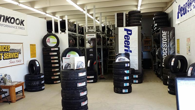 Nebraska Tire Shop - Gering Store Interior