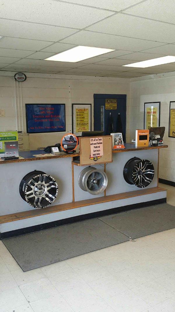 Wyoming Tire Shop - Sheridan Interior
